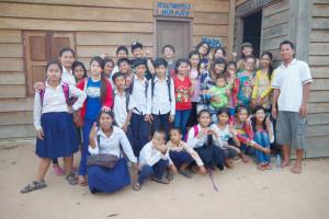 シェムリアップの学校でボランティア