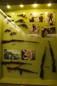 銃とアメリカ兵乱暴