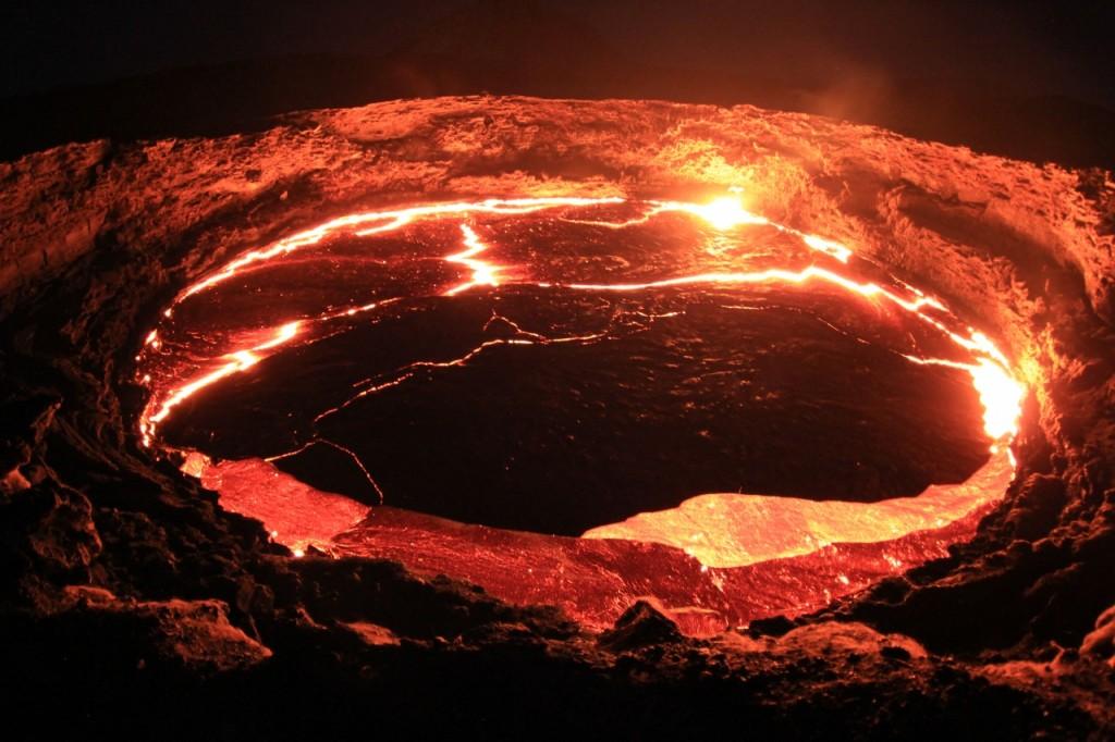 ダナキル火山