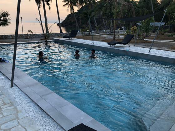 フィリピン、ロンブロンのリゾート