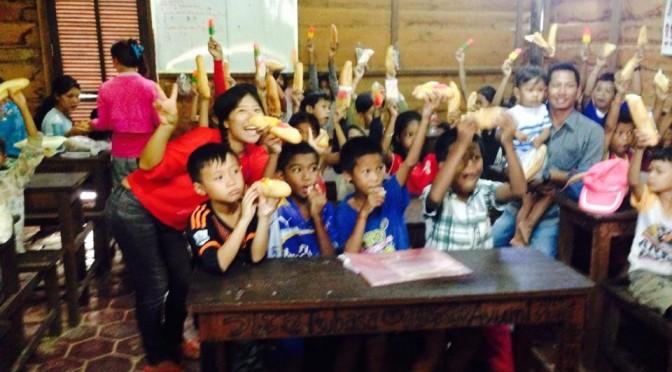カンボジアからアンコールツリースクールの教師体験者の声