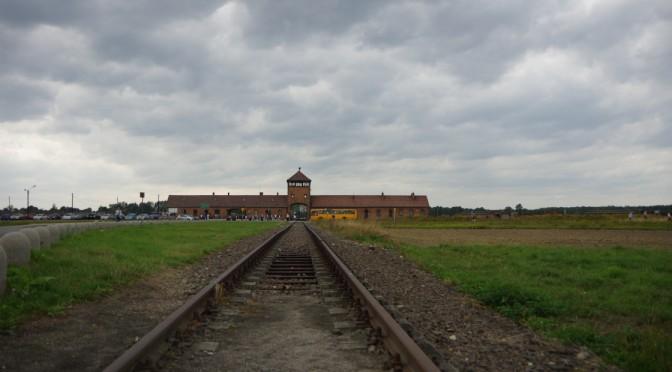 アウシュヴィッツ強制収容所に行ってきた〜ナチスドイツが残したポーランドの負の遺産をこの目に〜【行き方・前情報編】