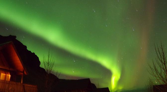 アイスランドでオーロラハンティング!!〜最高のオーロラが見れたぞー!!〜