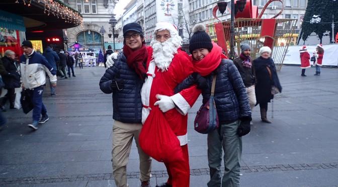 ベオグラードのクリスマスマーケット〜陽気なサンタと共に〜