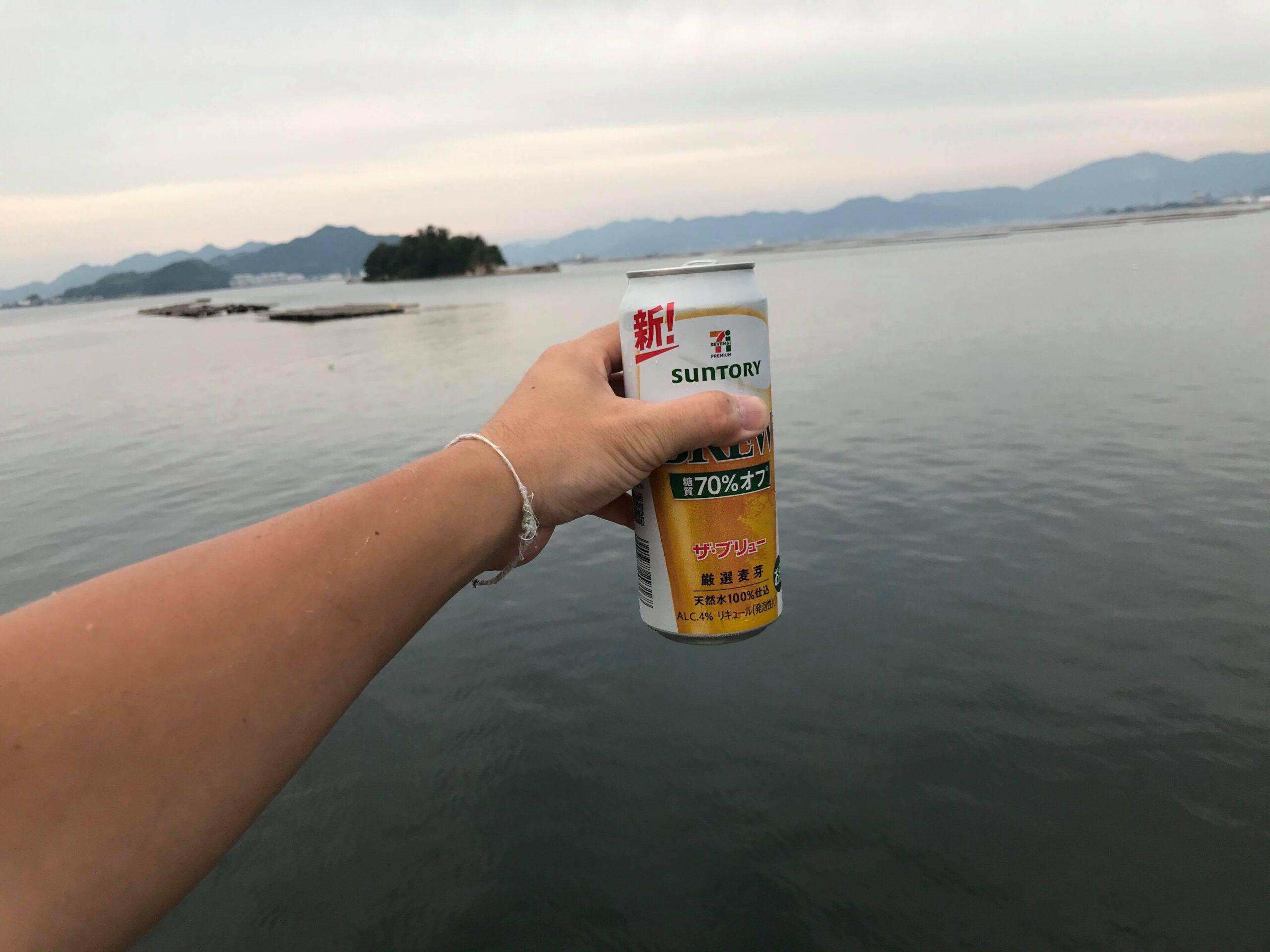 ビールと海